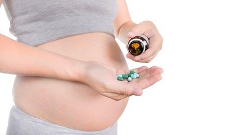 Giảm 70% nguy cơ tự kỷ nếu mẹ bầu uống vitamin vào thời điểm này