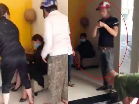 Xôn xao clip bắt gặp bạn thân cùng chồng vào nhà nghỉ tâm sự, vợ cầm mũ bảo hiểm xông vào đánh tới tấp