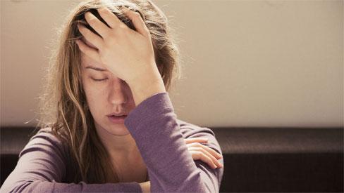 2 dấu hiệu đau đầu không nên chủ quan vì có thể dẫn đến nguy cơ tử vong