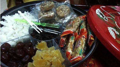 Trẻ em ăn nhiều bánh kẹo ngày Tết dễ mắc bệnh tiểu đường, mẹ hay nhầm lẫn với các bệnh khác