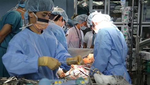 Bệnh nhân đầu tiên tại Việt Nam được ghép phổi thành công từ người hiến chết não