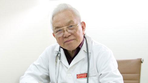 Chuyên gia đầu ngành cảnh báo 2 dấu hiệu sớm nhất của suy tim