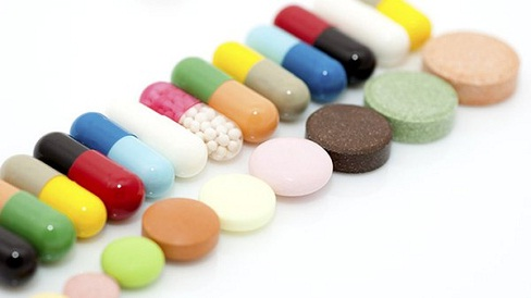 Dùng kháng sinh kéo dài có thể gặp những nguy cơ gì cho sức khoẻ