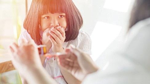 Mẹ nóng vội tăng liều thuốc để con nhanh khỏi bệnh dẫn đến ngộ độc