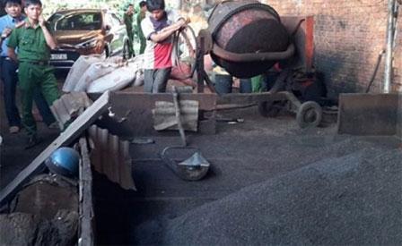 Kinh hoàng sản xuất cà phê bột từ vỏ cà phê trộn... pin con ó