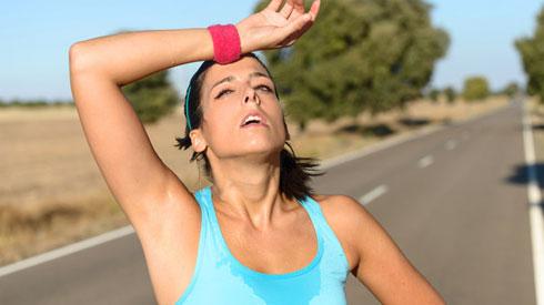 Mách bạn cách đơn giản phòng tránh nguy cơ ngất xỉu do nắng nóng