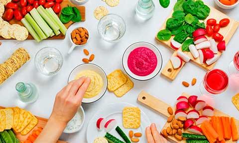 Những món ăn vặt dưới 100 calories thích hợp với người ăn kiêng