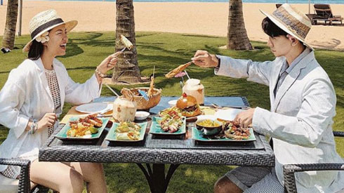Đẹp quên lối về và tràn ngập đồ ăn ngon, Huế chính là thiên đường du lịch mới của giới trẻ năm nay!