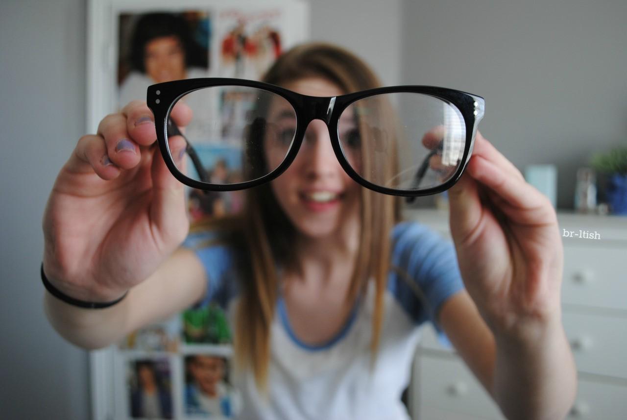 Không muốn mắt tăng độ trong mùa thi cử, hội cận thị nên làm ngay những việc sau-1