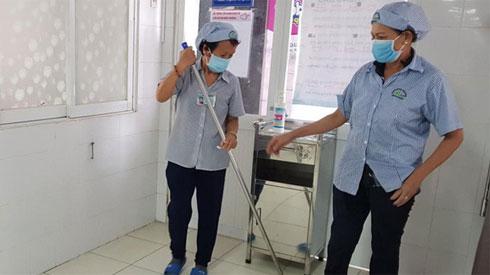 Lây cúm A/H1N1 ở Từ Dũ: 37 bệnh nhân hoãn mổ, hàng loạt nhân viên y tế bị cách ly
