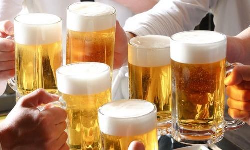 Một người Việt uống gần 170 lít bia mỗi năm