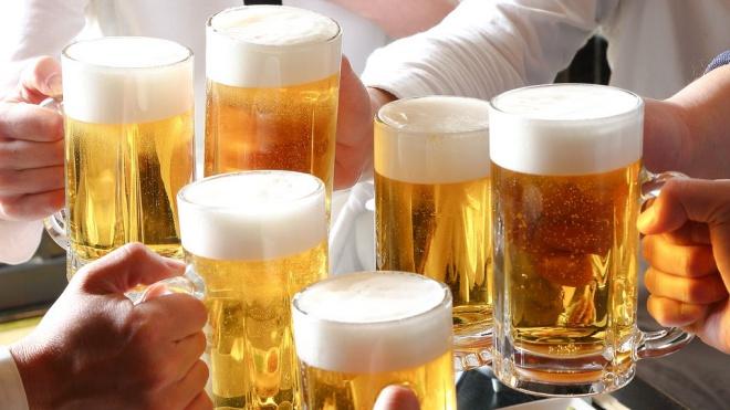 Một người Việt uống gần 170 lít bia mỗi năm-1