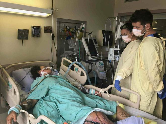 Suýt chết vì nhiễm virus ăn thịt người từ chiếc đinh gỉ sét-1
