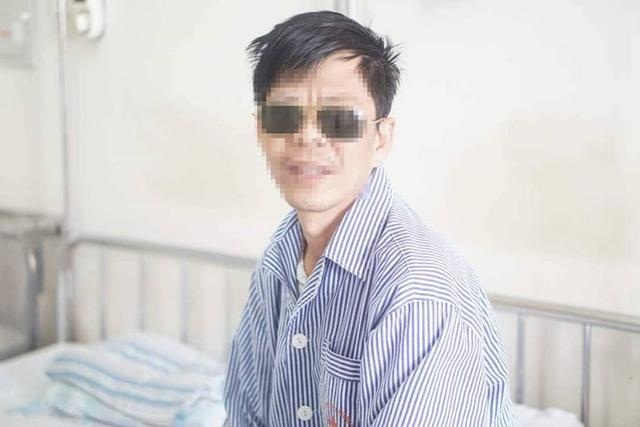 Chủ quan với bệnh bướu cổ, một bệnh nhân bị loét giác mạc, mất thị lực hoàn toàn-1