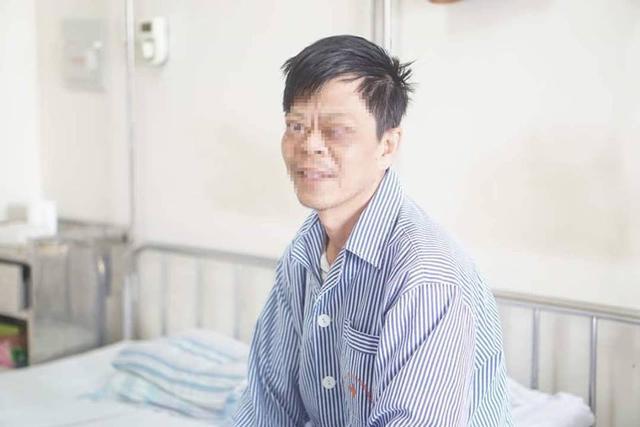 Chủ quan với bệnh bướu cổ, một bệnh nhân bị loét giác mạc, mất thị lực hoàn toàn-2
