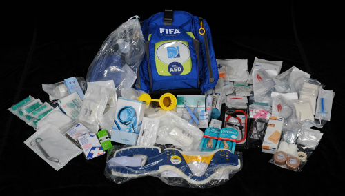Bên trong túi đồ cấp cứu của bác sĩ tại World Cup-2