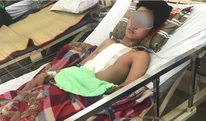 Chàng trai bị đâm thủng tim thoát chết nhờ bác sĩ 2 bệnh viện-1