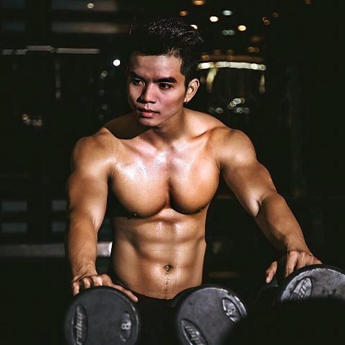 Chàng trai Sài Gòn nhờ bố thôi thúc tập luyện để hình thể đẹp-1