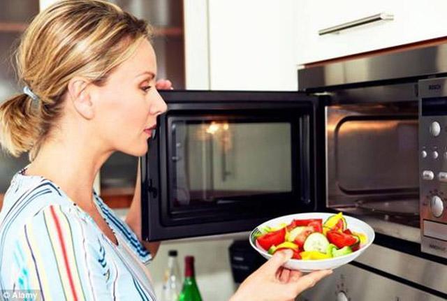 4 thực phẩm dễ rước bệnh không ít người ăn, đun nước sôi khử trùng 10 lần cũng vô dụng-3