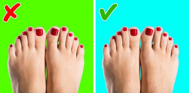 Chuyên gia khuyên bạn nhìn ngay xuống bàn chân soi dấu hiệu bệnh tật cư trú trong người-1