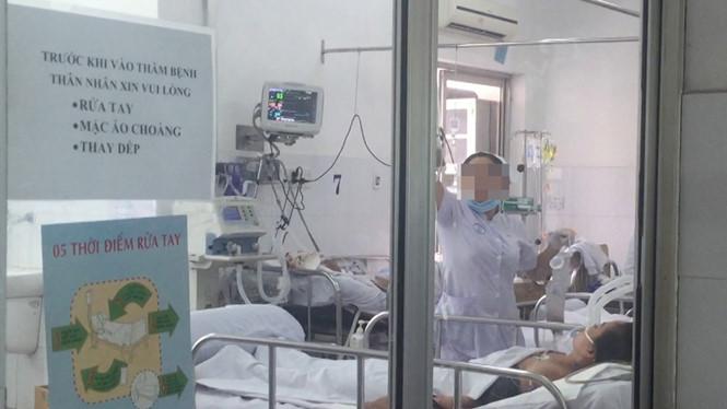 Xác định 12 ca nhiễm cúm A/H1N1 tại Bệnh viện Chợ Rẫy, 1 ca tử vong-1