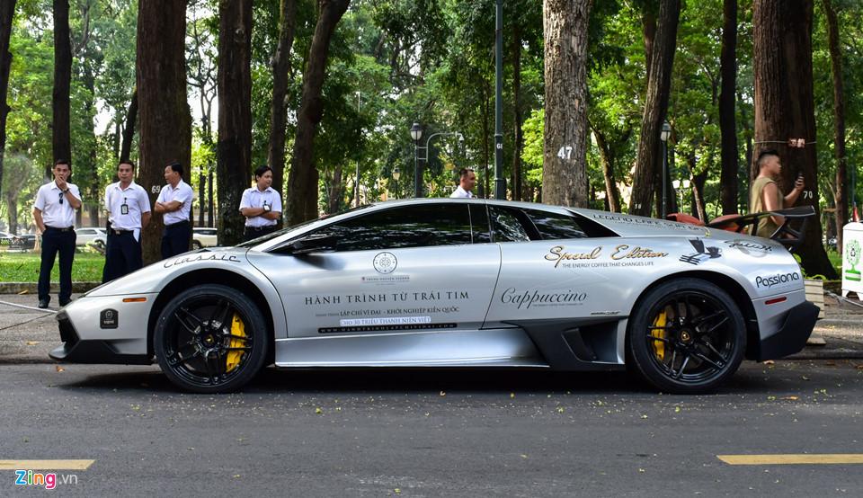 Siêu xe triệu USD của ông Đặng Lê Nguyên Vũ nối đuôi trên phố SG-10