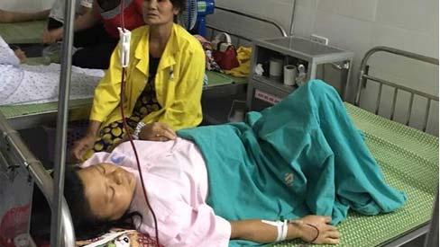 Sản phụ vỡ tử cung suýt chết vì sinh con tại nhà
