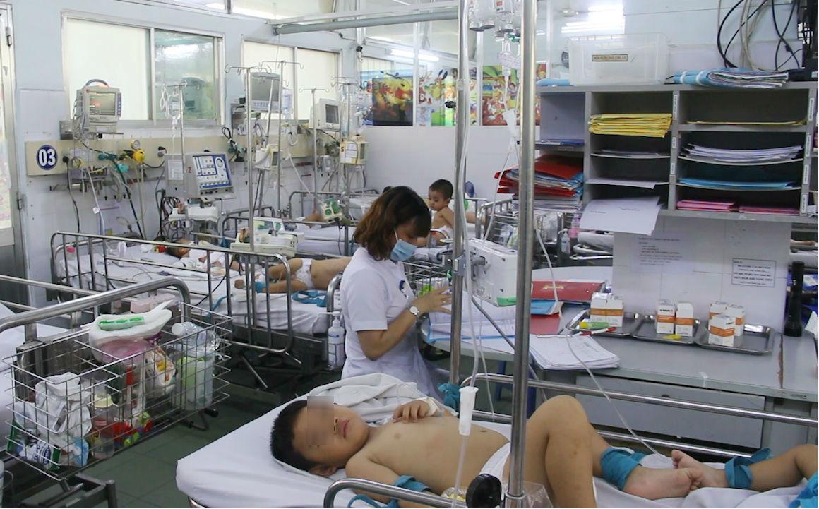 6 trẻ tử vong vì tay chân miệng, yêu cầu chống dịch khẩn của Bộ Y Tế