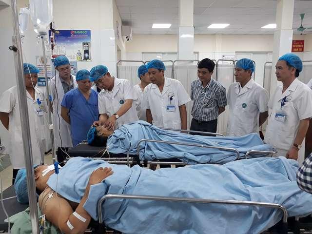 Vụ tai nạn thảm khốc giữa tàu hỏa với ô tô ở Hà Nội: 5 người đa chấn thương cấp cứu trong tình trạng nguy kịch