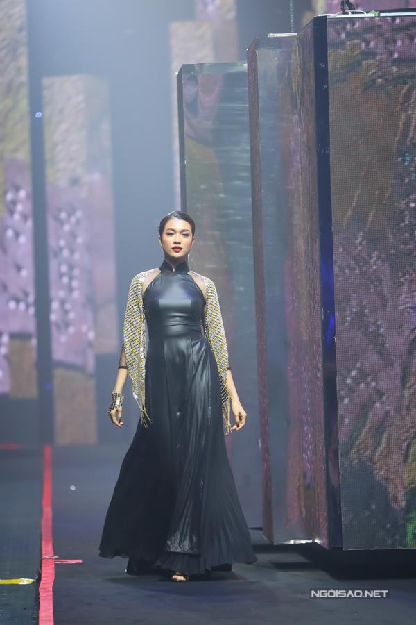 Võ Hoàng Yến, Thanh Hằng đọ khả năng catwalk-7