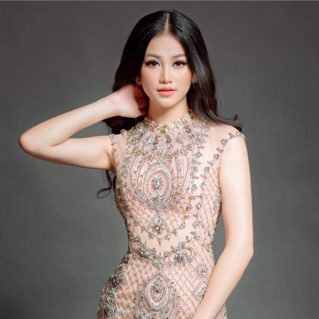 """Tiết lộ sốc"""" về Phương Khánh sau phút đăng quang Hoa hậu Trái đất-9"""