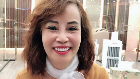 Chi tiền bằng cả gia tài để làm răng, cô dâu 62 tuổi khiến ai nhìn cũng xuýt xoa: 'Đáng đồng tiền bát gạo'