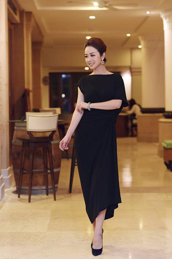 Người đẹp Việt mê mẩn váy xoắn eo-7