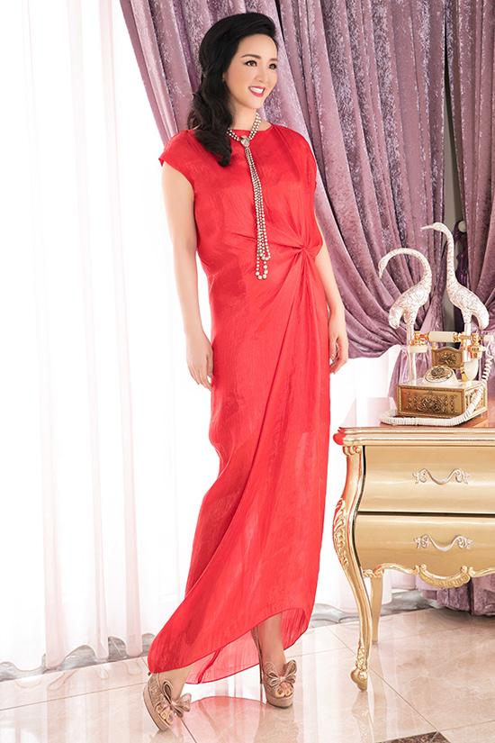 Người đẹp Việt mê mẩn váy xoắn eo-2