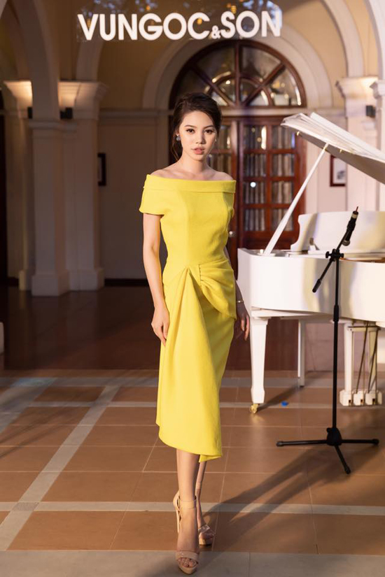 Người đẹp Việt mê mẩn váy xoắn eo-9