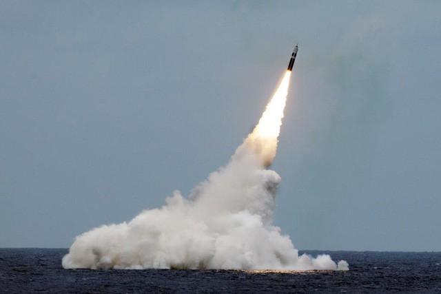 """Tình thế lợi bất cập hại"""" nếu Mỹ rút khỏi hiệp ước hạt nhân với Nga-1"""