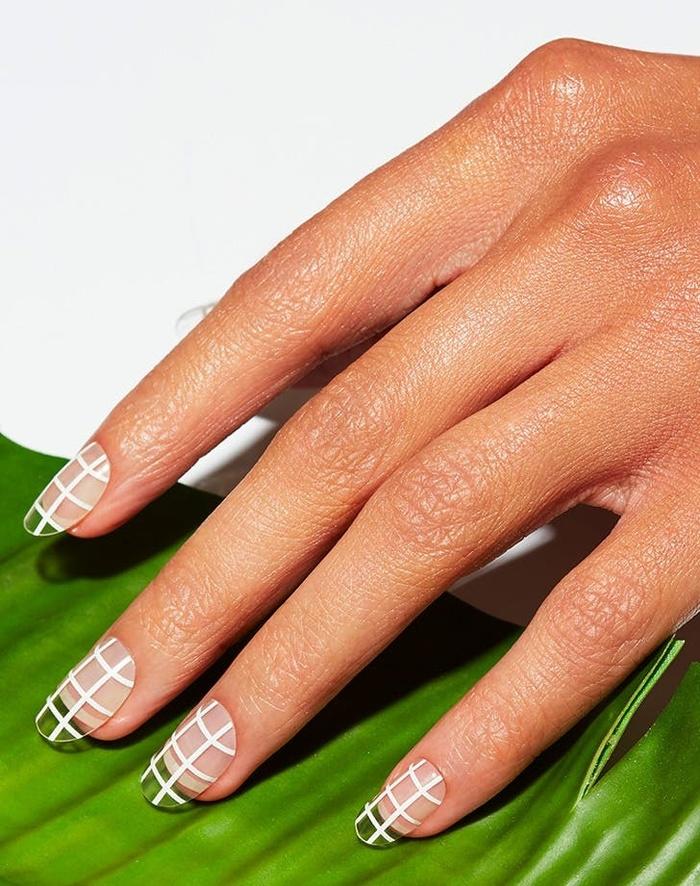 Những mẫu nail cô dâu đẹp nhất các nàng không thể bỏ qua cho ngày vui được hoàn hảo!-1