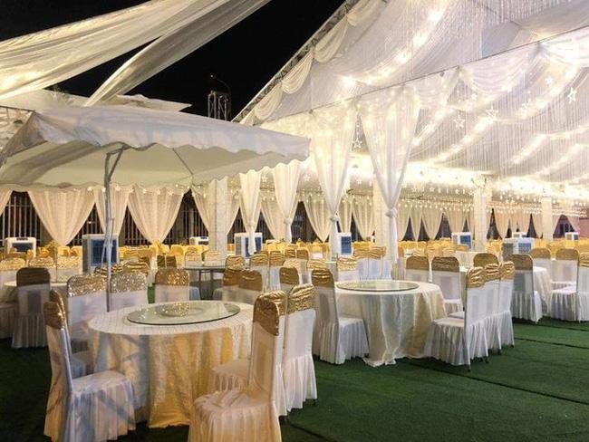 Xôn xao rạp cưới khủng được trang hoàng lộng lẫy trị giá hơn 800 triệu, dùng 100% hoa tươi ở Vĩnh Phúc-4
