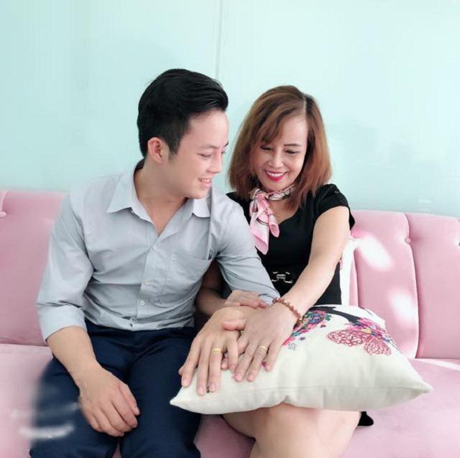 Cô dâu 62 tuổi tiếp tục phát ngôn sốc: Xin lỗi vì em đã là mối tình đầu của anh-2
