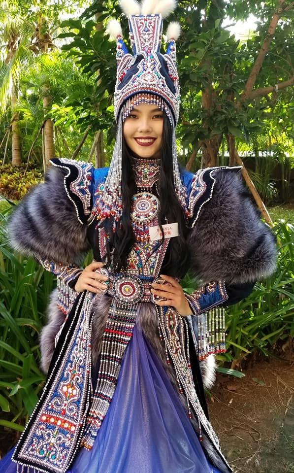 Không còn úp mở, Tiểu Vy công khai cận cảnh trang phục Cô Đôi Thượng Ngàn mang đến trình diễn tại Miss World 2018-5
