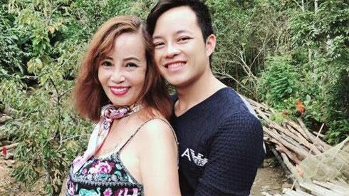 Cô dâu 62 tuổi tuyên bố cực