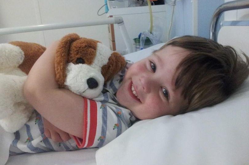 Mẹ cứu sống con nhờ bức ảnh cảnh báo bệnh trên Facebook, cha mẹ nên lưu lại ngay!-1