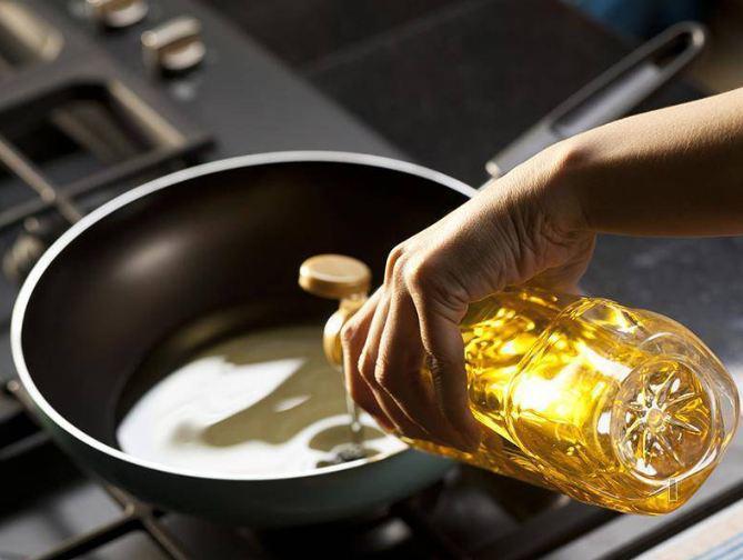 Loại ngay 10 thói quen xấu suốt ngày mắc phải khi nấu để cả nhà ăn ngon, không rước bệnh-7