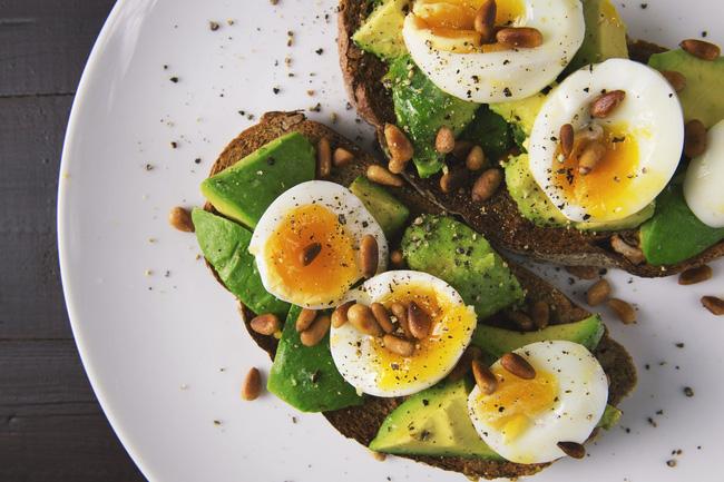 Những người áp dụng chế độ ăn Keto để đốt cháy mỡ thừa cần ghi nhớ bổ sung các loại thực phẩm này-1
