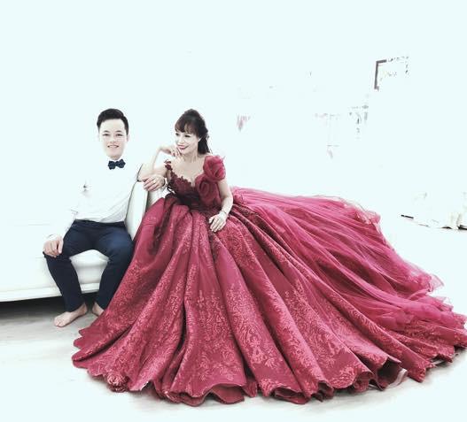 Cô dâu 62 tuổi khoe ảnh cưới lần 2 sau 2 tháng kết hôn, hạnh phúc khi chồng gọi là công chúa xinh đẹp-6