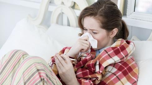 Cảm lạnh là bệnh gì? Triệu chứng và cách chữa cảm lạnh hiệu quả nhất