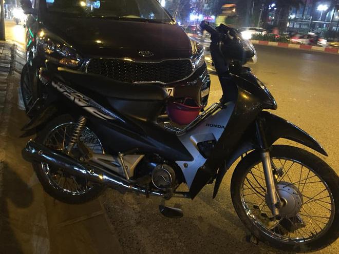 Xe Hyundai tông liên hoàn trên đường Trần Duy Hưng rồi bỏ chạy - hai bà bầu nhập viện-4