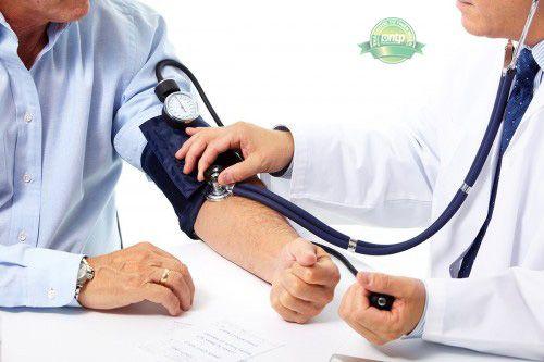 Tăng huyết áp ác tính - dấu hiệu, triệu chứng và điều trị-3