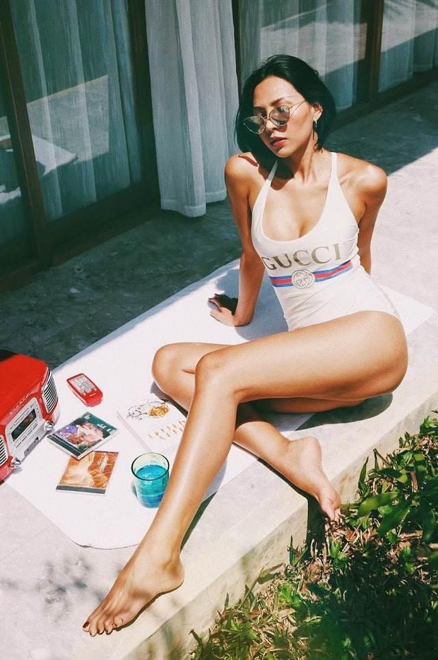 Gu ăn mặc nóng bỏng, nghiện khoe da thịt của người mẫu Minh Triệu-4