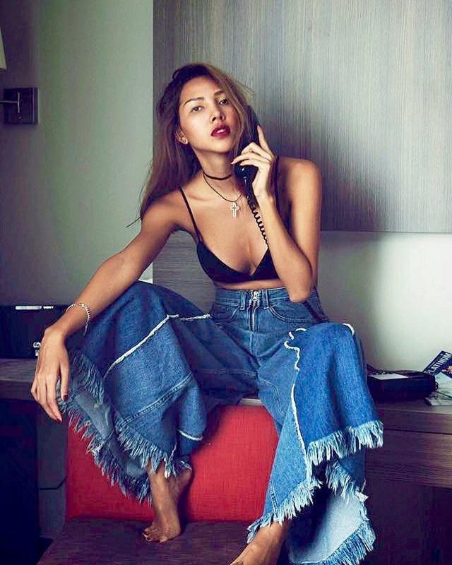 Gu ăn mặc nóng bỏng, nghiện khoe da thịt của người mẫu Minh Triệu-11